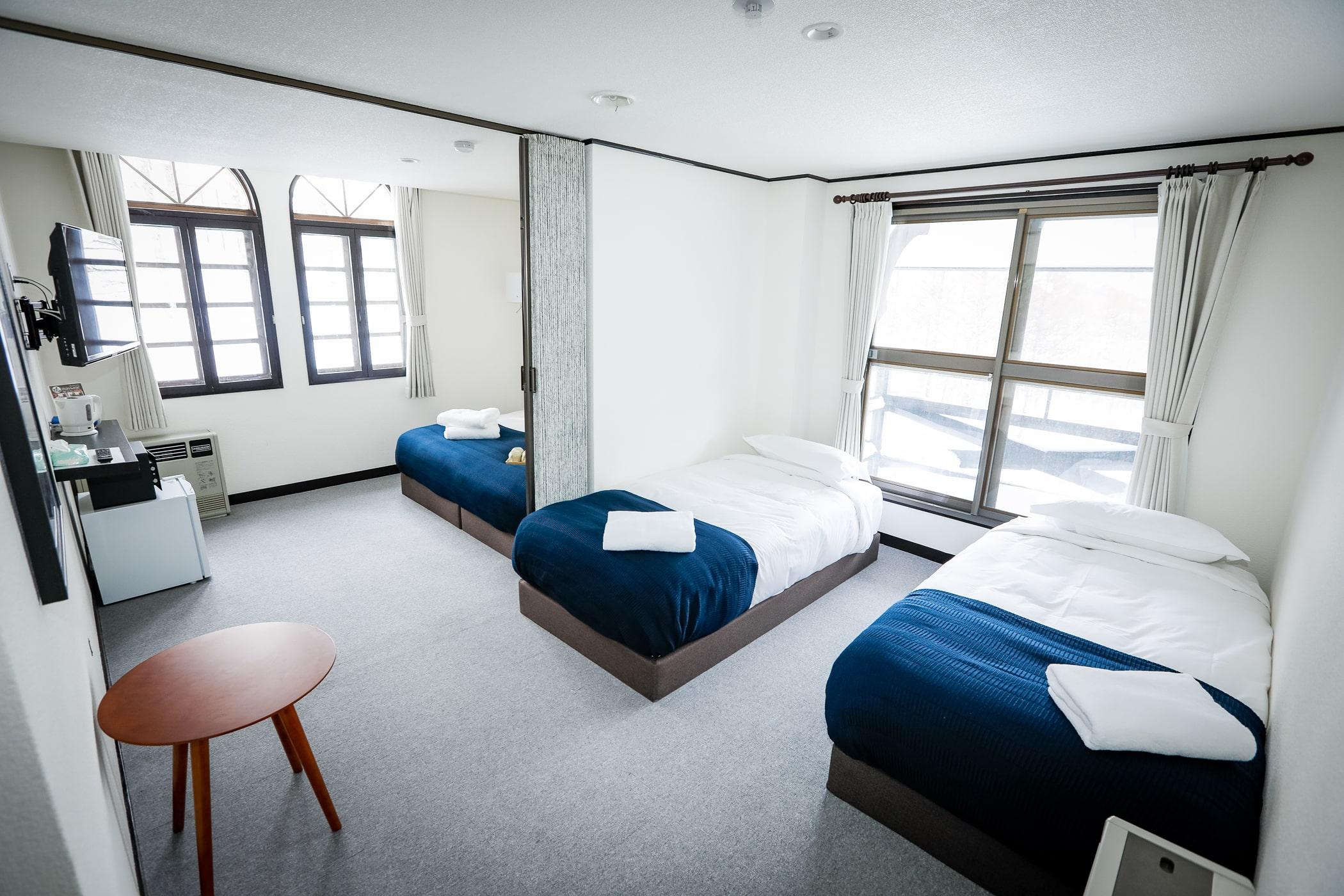 Familly-Room-2-min